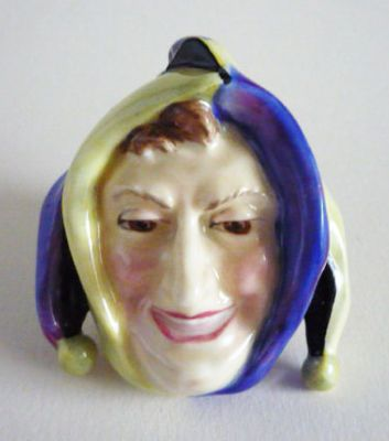 Royal Doulton 'Jester' Miniature Wall Mask HN1609 c1930